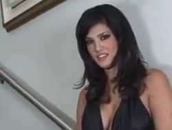 Sunny Leone Indecent Jerk Off Encouragement